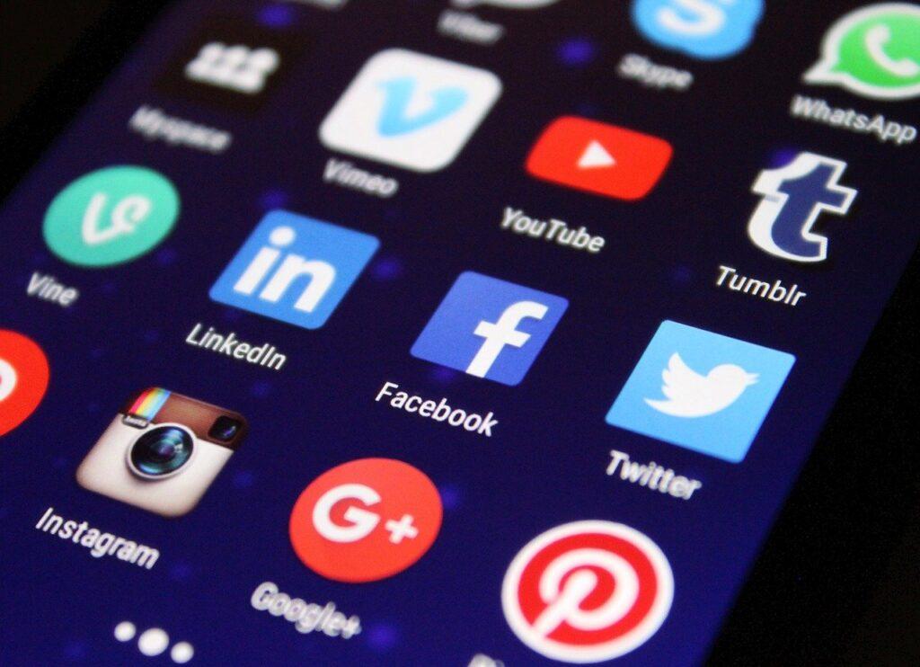 social media_michel foucault